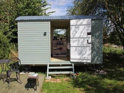 The Dog Kennel & Oh Deer Shepherd's Huts