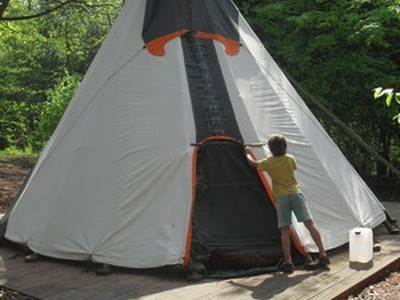 Robin Tipi at Woodlands Farm