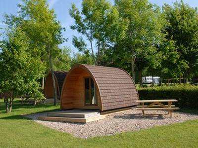 Cotswold View Large Glamping Pod