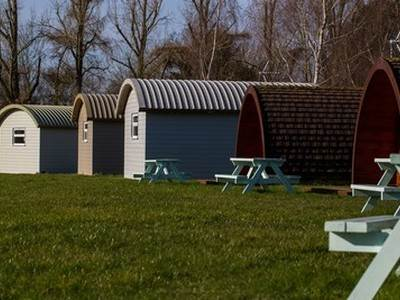 Family+ Shepherd's Cabins at Applewood Glamping